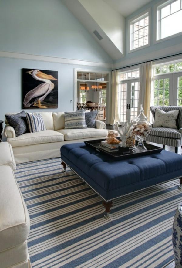 blaue-farbtöne-akzent-deko-stühle-tisch-2