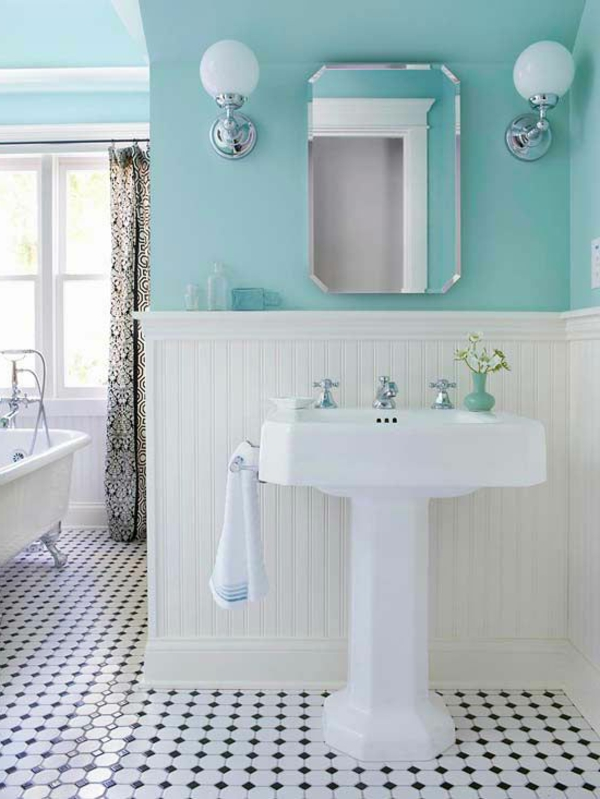 blaue-farbtöne-badezimmer-hell