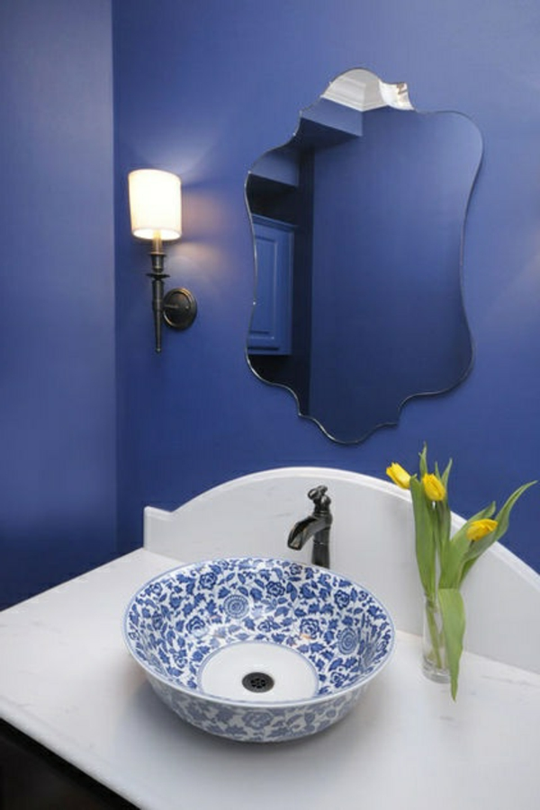 blaue-farbtöne-badezimmer