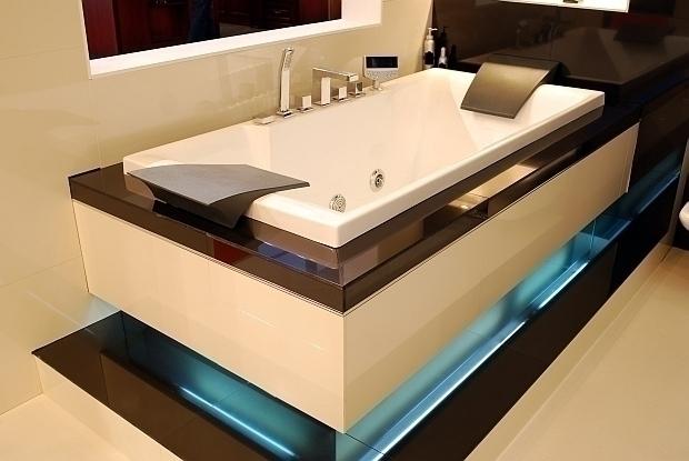Мужская ванная с подсветкой