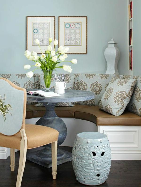 interior-design-ideen-sitzbank-holz-im-esszimmer-weiß