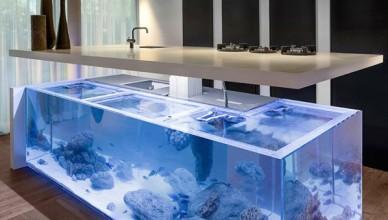 Встроенный аквариум в барной стойке