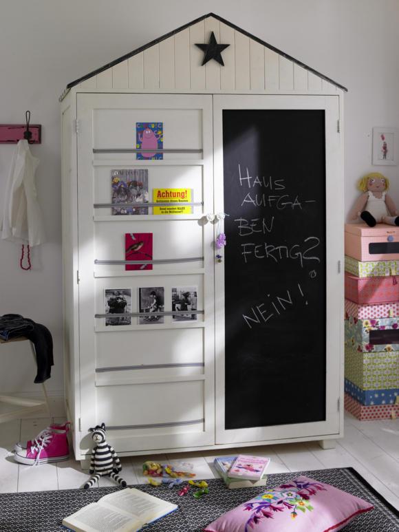 Двухдверный шкаф для одежды