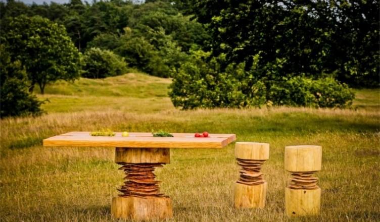 Деревянная мебель - столы, стулья