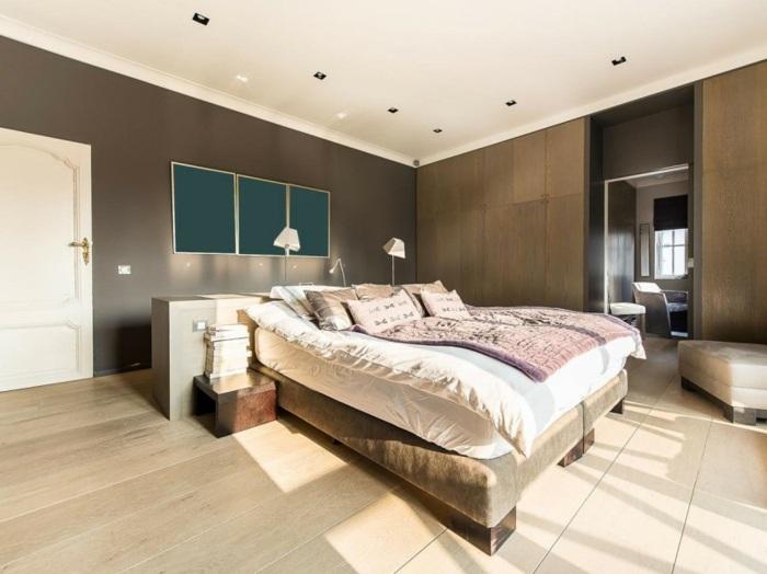 современная спальня стены шоколадного цвета
