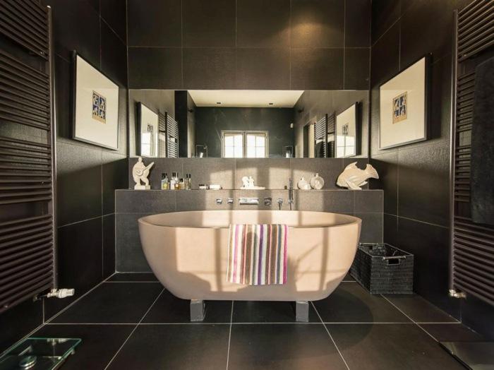 отдельно стоящая ванна темная керамика