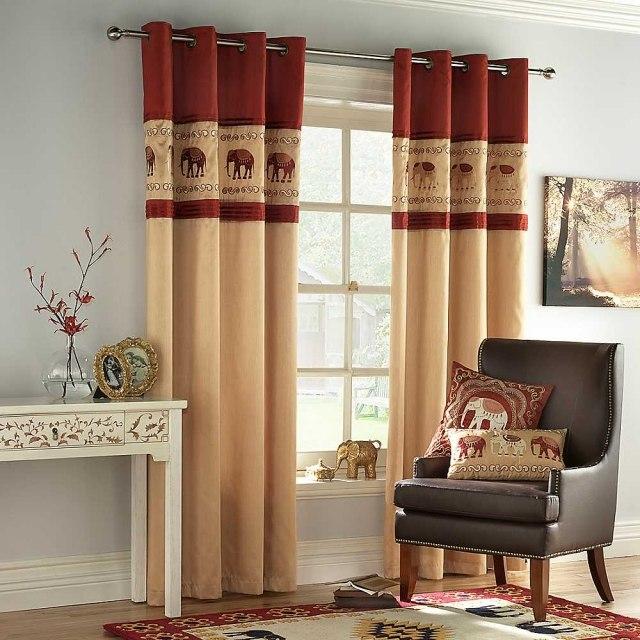 Красно-золотые шторы на кольцах со слонами