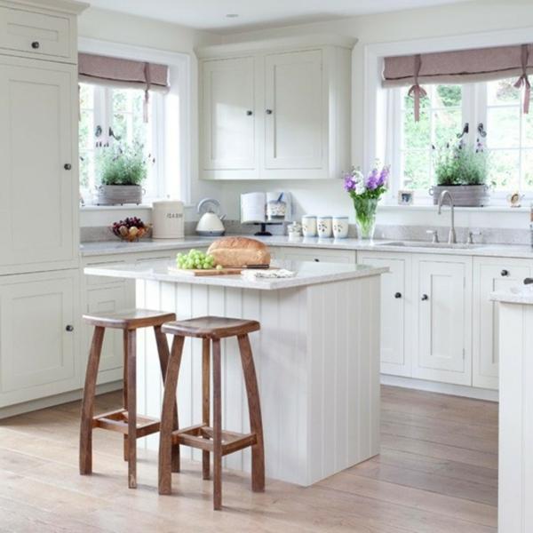 Классическая кухня белого цвета