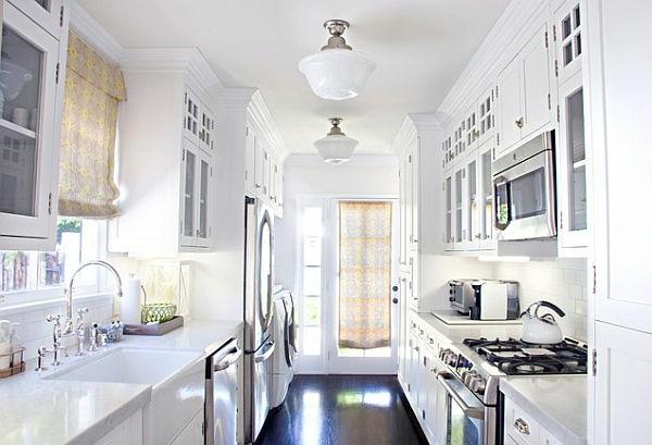 Фото: белая плитка на кухне