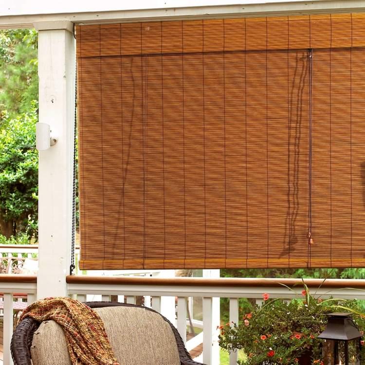 Бамбуковая римская штора на веранде