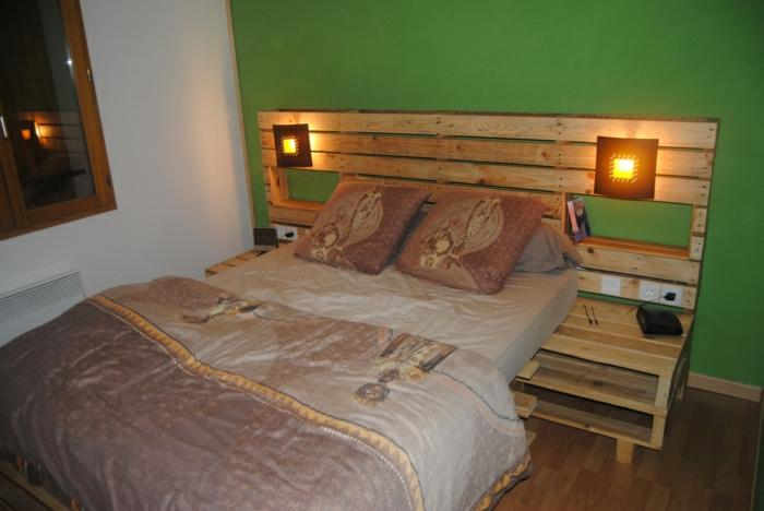 Африканские мотивы на самодельной кровати