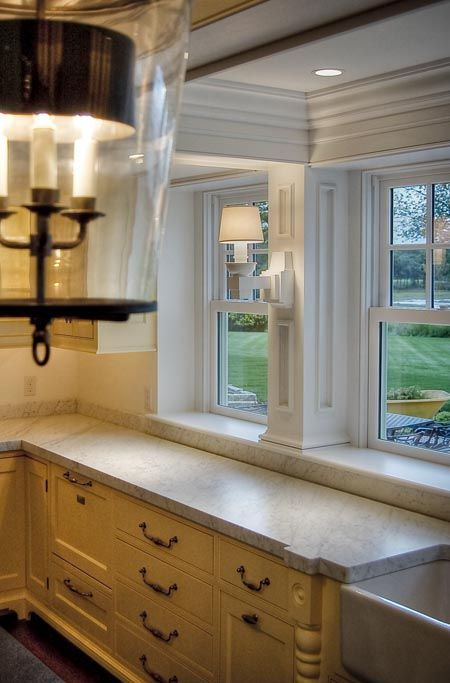 Фото столешница-подоконник на кухне