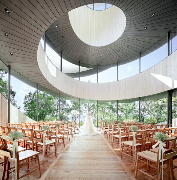 Великолепное венчание в необычной церкви