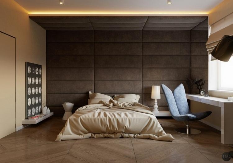 Двуспальная кровать с мягким изголовьем, переходящим в потолок