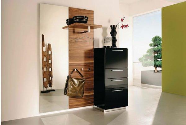 Мебель для прихожей — комод, удобная вешалка и ростовое зеркало фото