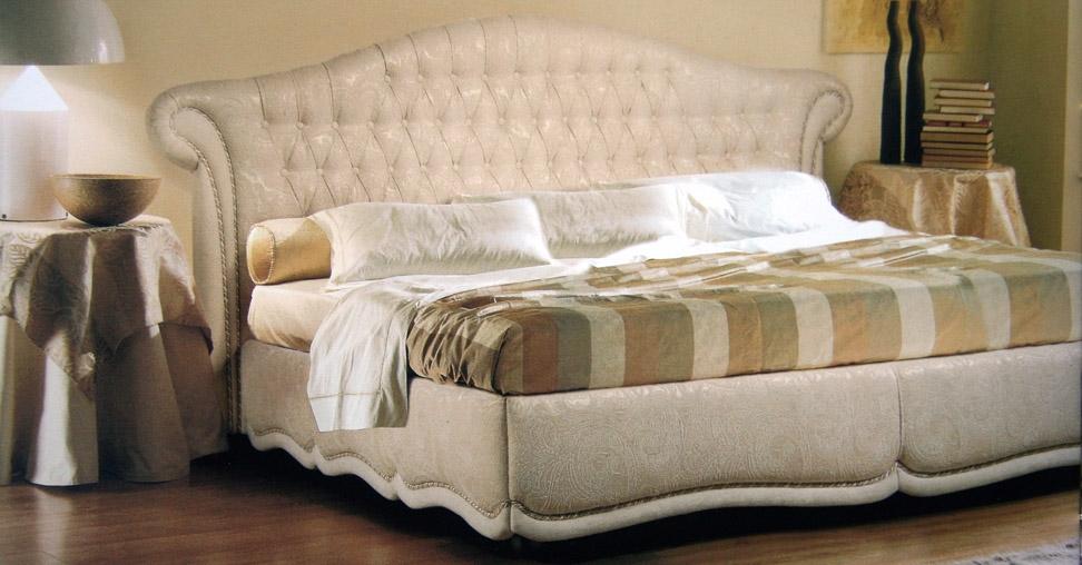 Роскошная кровать