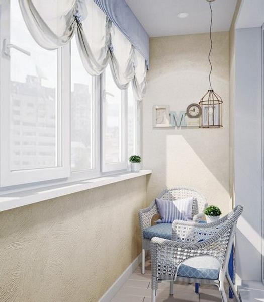 фото Милый и простой дизайн маленького балкона