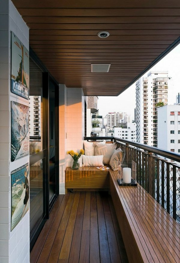 фото Оформление открытого балкона деревом