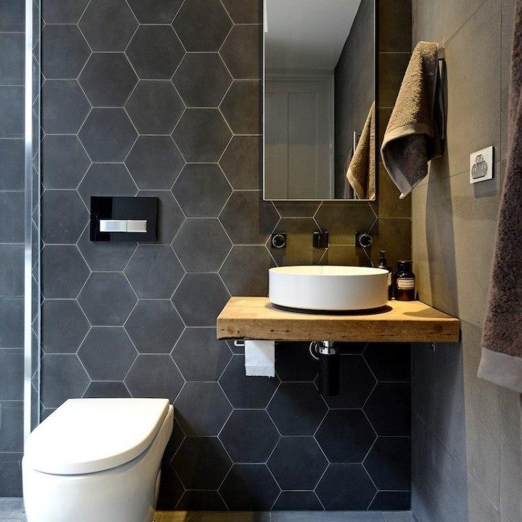 черная матовая плитка для ванной комнаты
