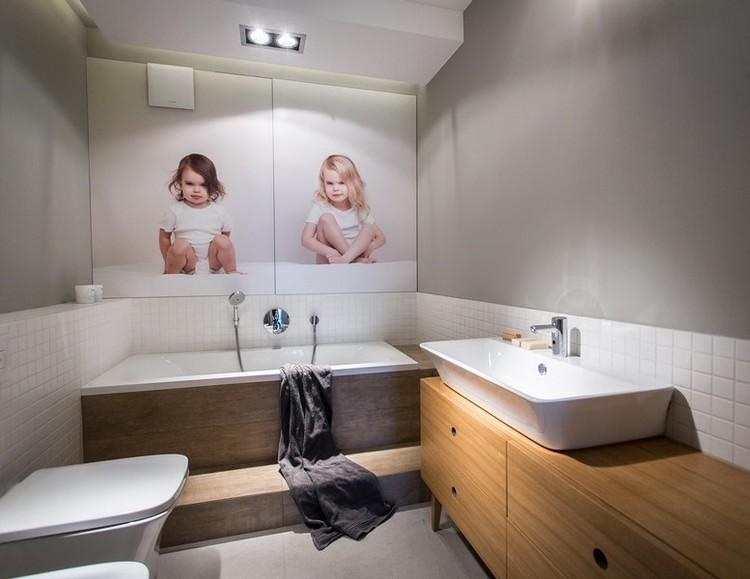 дизайн маленькой ванной комнаты белая плитка фотообои фотография