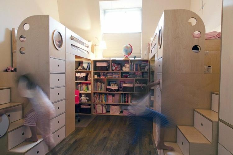 мансардная комната для двух детей фото двухъярусные кровати дерево лестница