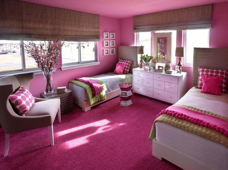 яркий интерьер детской комнаты для двух девочек фото фуксия