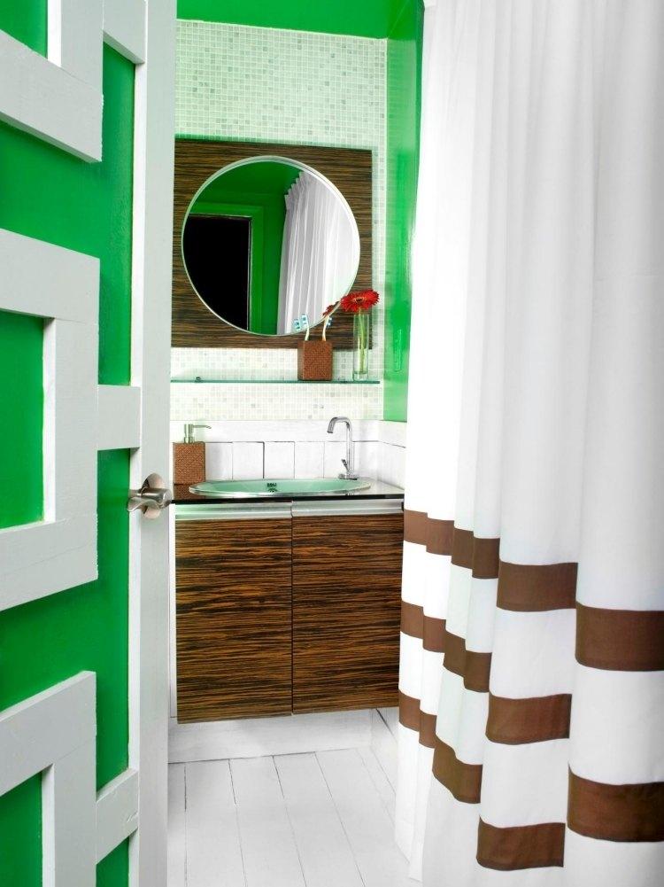 зеленая плитка для ванной мозаика