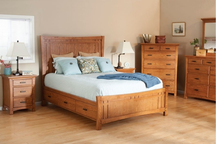 деревянная кровать с ящиками для хранения