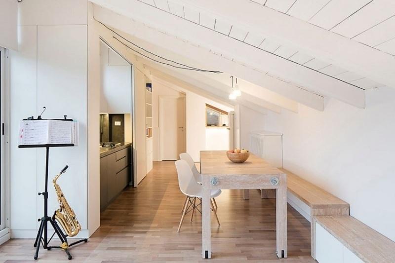 столовая кухня гостиная интерьер фото мансарда