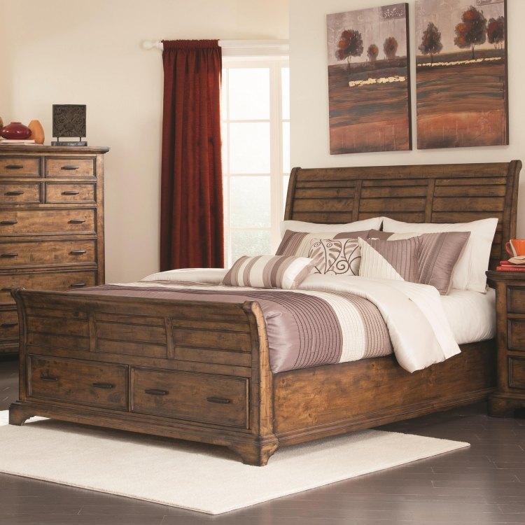 винтажная деревянная кровать с ящиками фото идеи для маленькой спальни