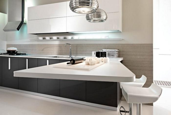 барные стулья фото белые пластиковые черно-белая кухня