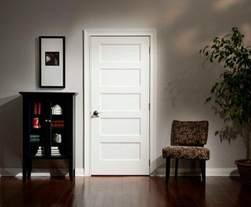 белая межкомнатная дверь в интерьере фото