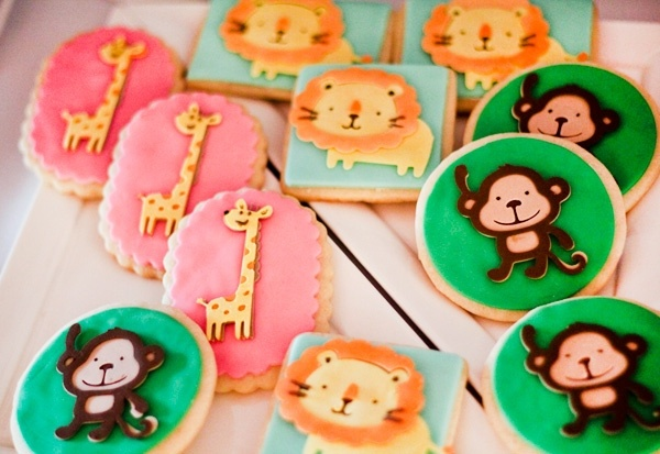 декор оформление детского праздника фото в стиле зоопарк кексы идеи