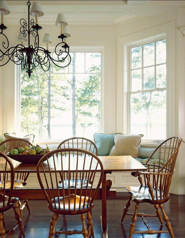 деревянные  стулья обеденные для кухни фото виндзорские коричневые