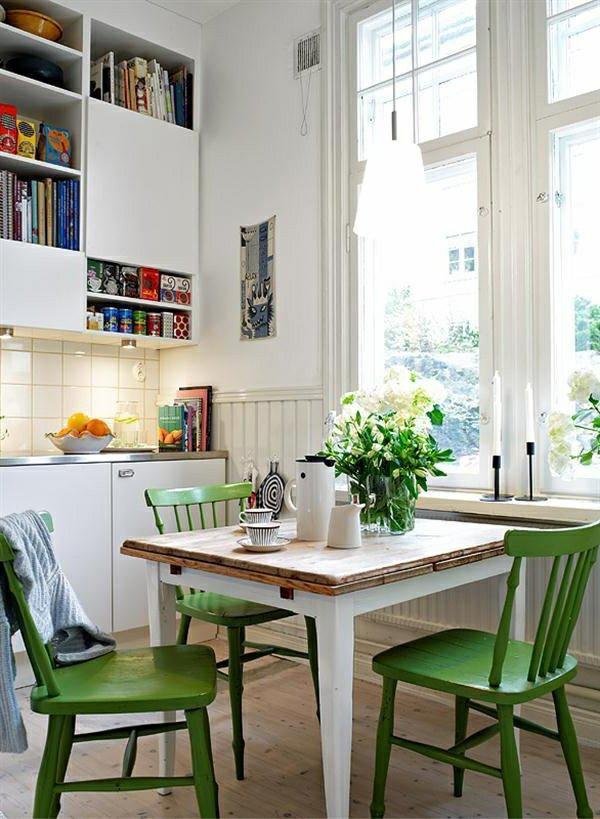 деревянные стулья обеденные для маленькой кухни фото зеленые