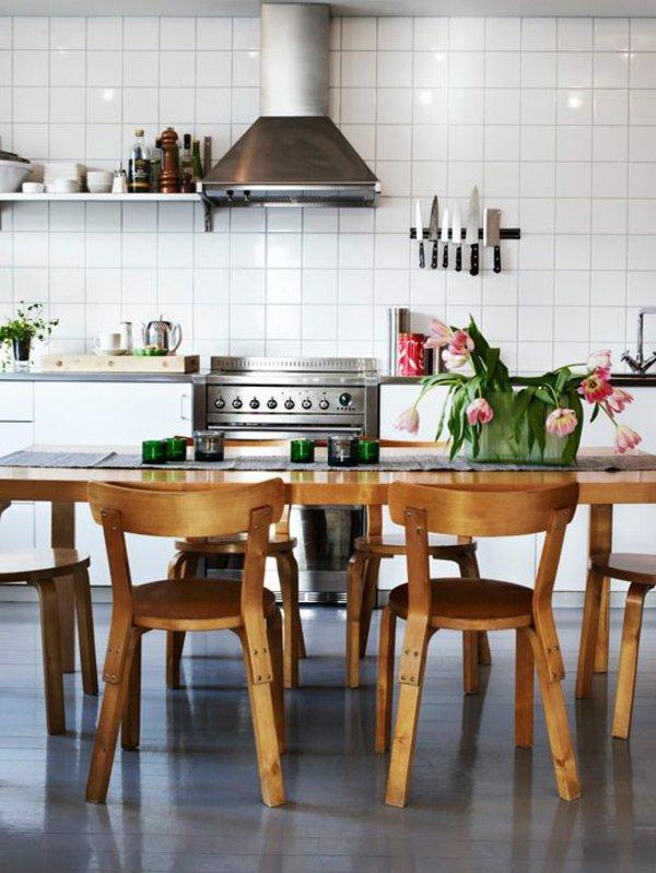 деревянные традиционные стулья обеденные для кухни фото