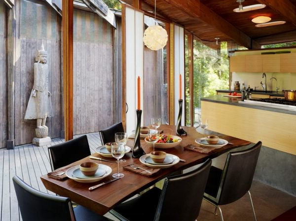 кожаные стулья обеденные для кухни фото черные на металлическом каркасе