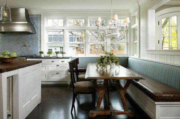 мягкие стулья обеденные для кухни фото деревянные черные