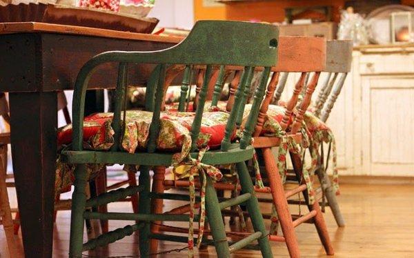мягкие стулья обеденные для кухни фото деревянные красные зеленые