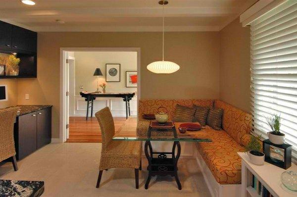 мягкие стулья обеденные для кухни фото оранжевый уголок деревянные