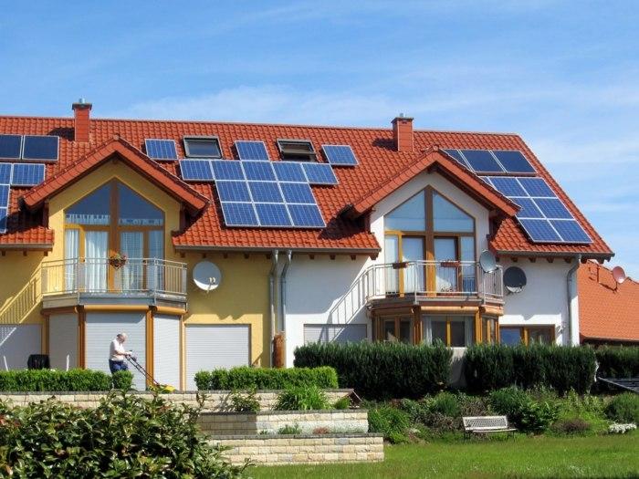 освещение на солнечная батарея для дачи