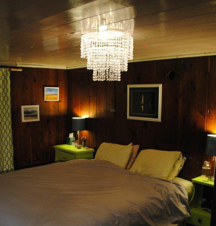 освещение в спальне фото деревенский стиль