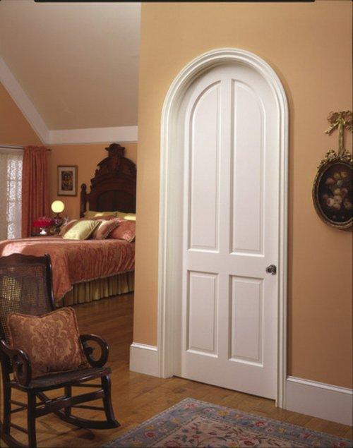 винтажная белая  межкомнатная дверь фото