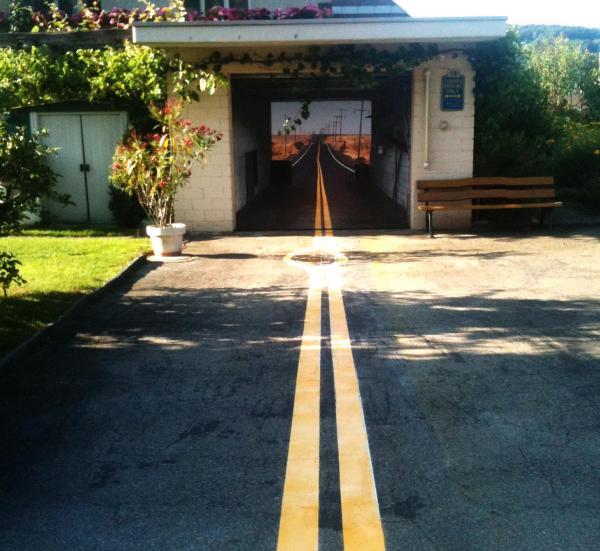 3D наклейки на ворота гаражные идеи фото дорога