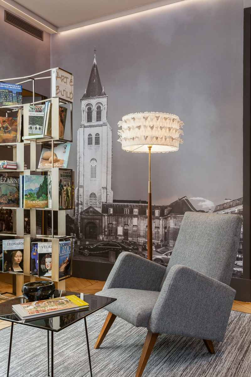 библиотека серая фото кресло стеллаж фотообои