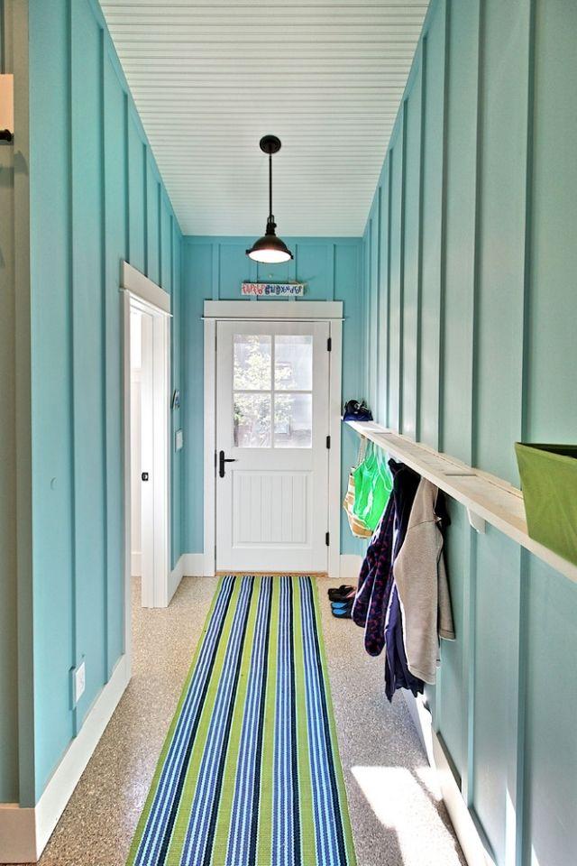 идеи дизайна коридора фото бирюзовыые деревянные панели дачный домик