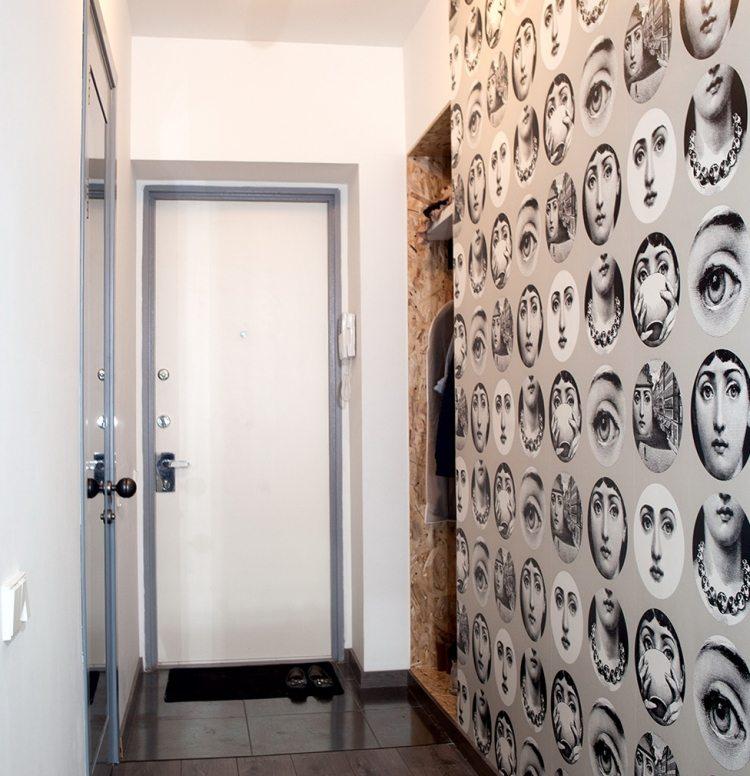 идеи дизайна коридора фото обои с ретро-узором черно-белым