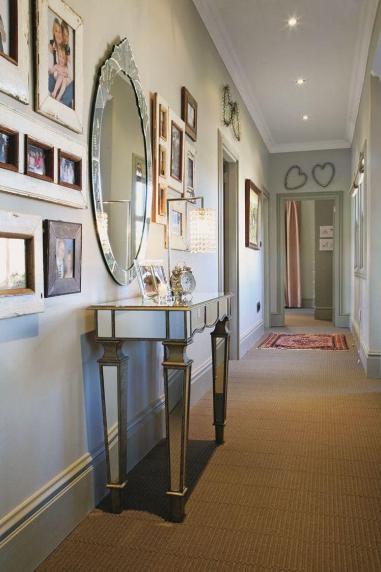 идеи дизайна коридора фото зеркало семейные фото стол консоль