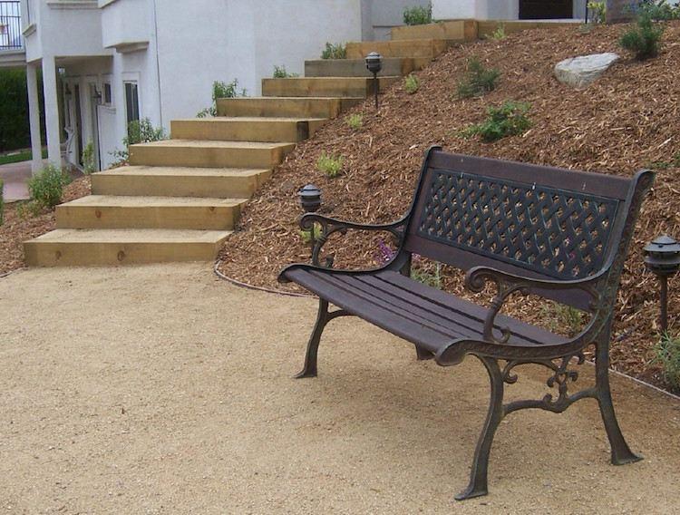 идея простой деревянной садовой лестницы своими руками