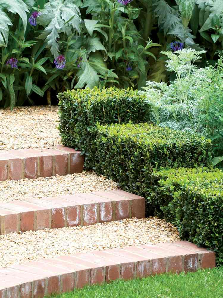 идея садовой лестницы своими руками клинкер гравий самшит